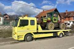 Šlep služba Niš - CAKO - 069 4694544 - Šlepovanje auta - Pomoć na putu - Prevoz automobila, mašina, mini bagera, čamaca, viljuškara i kontejnera